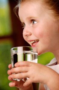 вода нужна детям