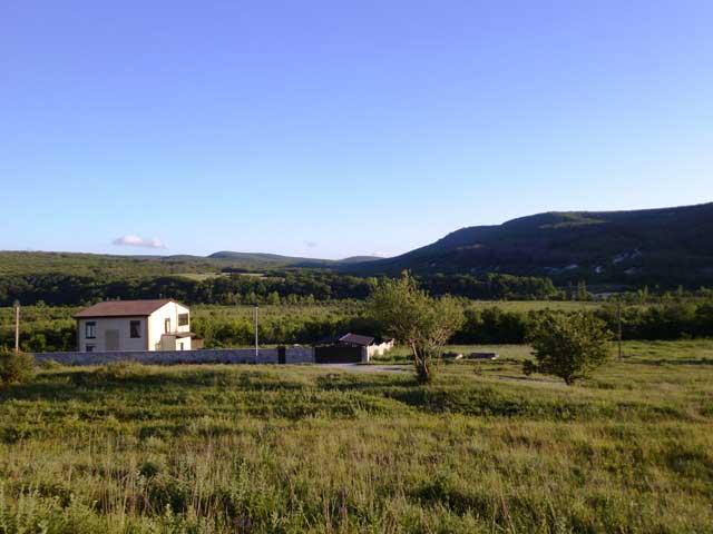 Дом в окружении красивой природы поселка Малиновка