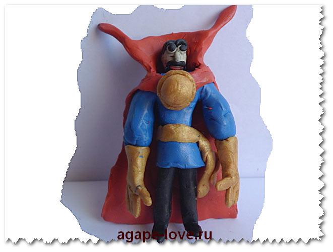 Рыцарь в красном плаще