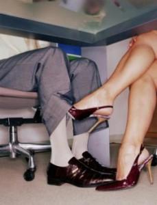 Сексуальное домогательство от девушки