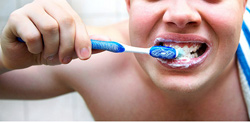 Как понравиться девочке.Чисти зубы.Следи за собой.
