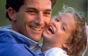 Хорошие отцы проявляют любовь