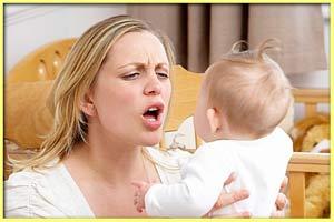 Депрессия после родов может побудить женщину злиться на ребенка и даже поднять на него руку