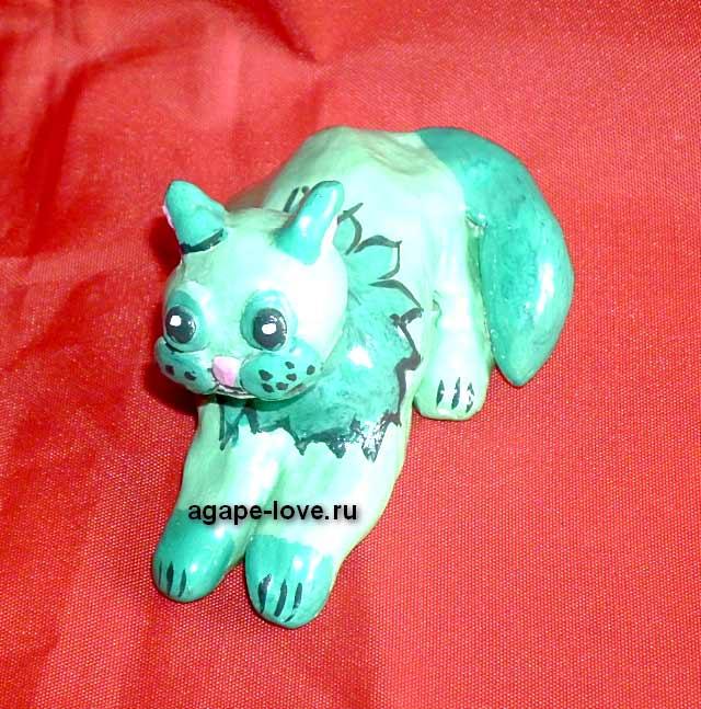 Изделия-Юли----кошка-Зеленка, необычная