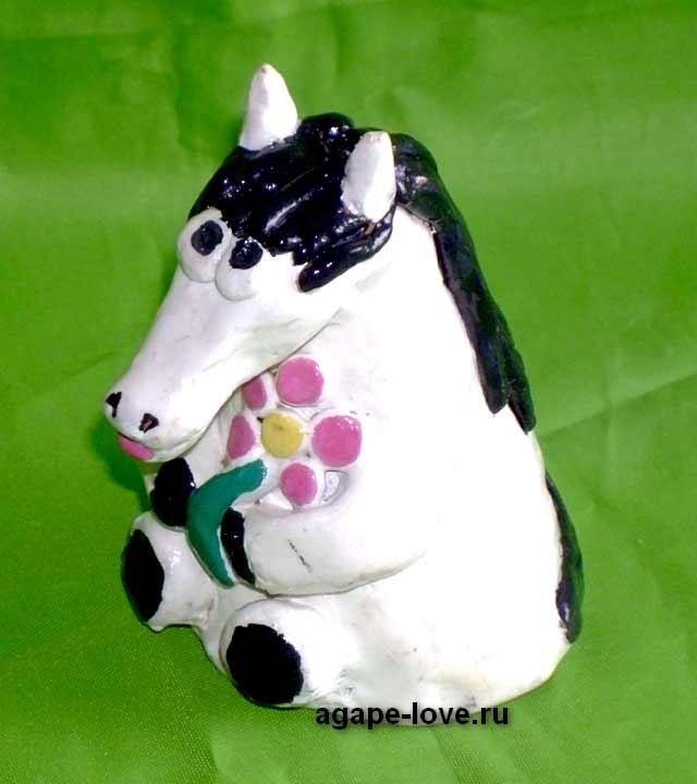 Изделия-Юли----лошадка-невеста. Выходит замуж